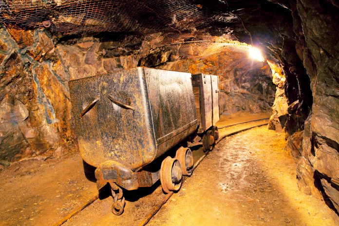 Gold Miner ETF Shines With Market Dreading a Slowdown
