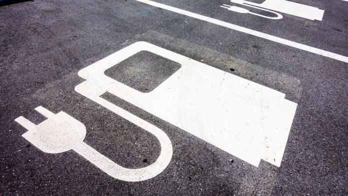 Nio, Tesla Made November 'Electric Car Month' at TradeStation