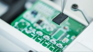 Semiconductor stocks are breaking out amid a global shortage of microchips. Let's take a closer look at an industry that's crushing the market, even with the broader technology sector lagging. The Philadelphia Semiconductor Index ($SOX) has risen 18 percent so far this year. That's more than triple the gain of the Nasdaq-100 over the same  The post Semiconductors Are Breaking Out. Here Are the Top Stocks For Options Traders appeared first on Market Insights.