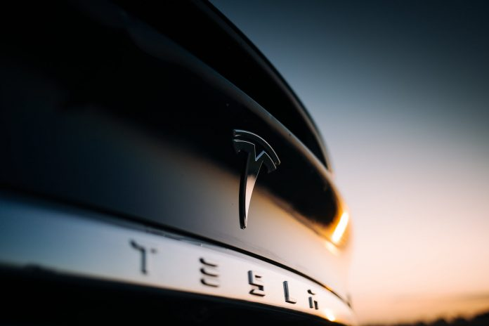 Tesla and Apple Leap After Stock Splits. Will Amazon.com Follow?