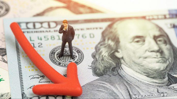 Weak U.S. Dollar: Key Points for Stock Market Investors